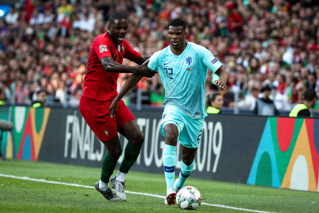 Arsenal fans react as Gunners reportedly eye William Carvalho - TBR - The Boot Room - Football News