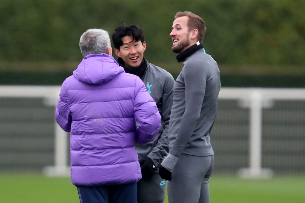 Mourinho defends 'best goalkeeper in the Premier League' after Palace hold Spurs