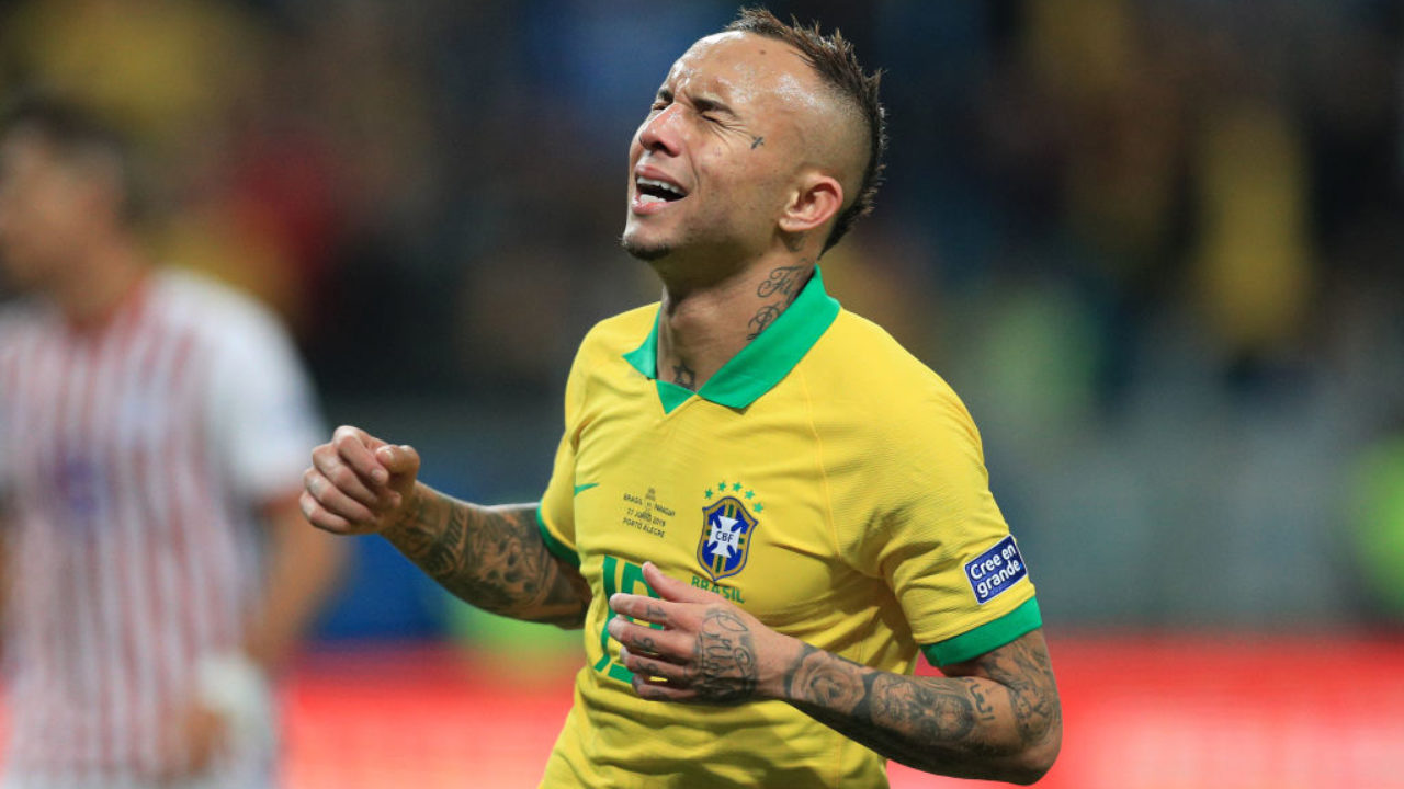Everton Fans React As They Are Linked With Brazilian International Everton Soares The Boot Room