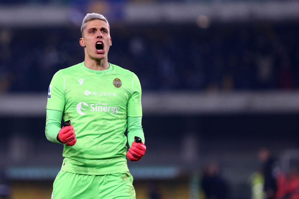 Report claims Inter Milan want former Leeds United star Marco Silvestri -  The Boot Room