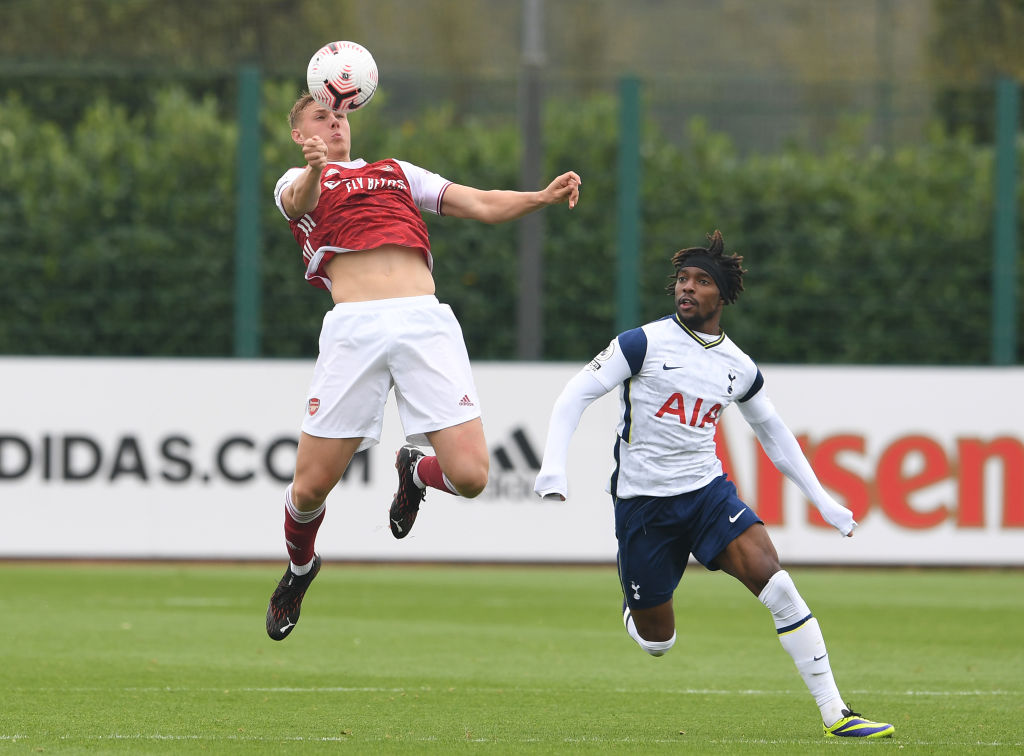 EFL boss raves about 'excellent' 21-year-old, says Arsenal loan star played 'like a man'