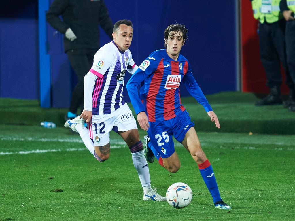 Reported Spurs target Bryan Gil in action for Eibar