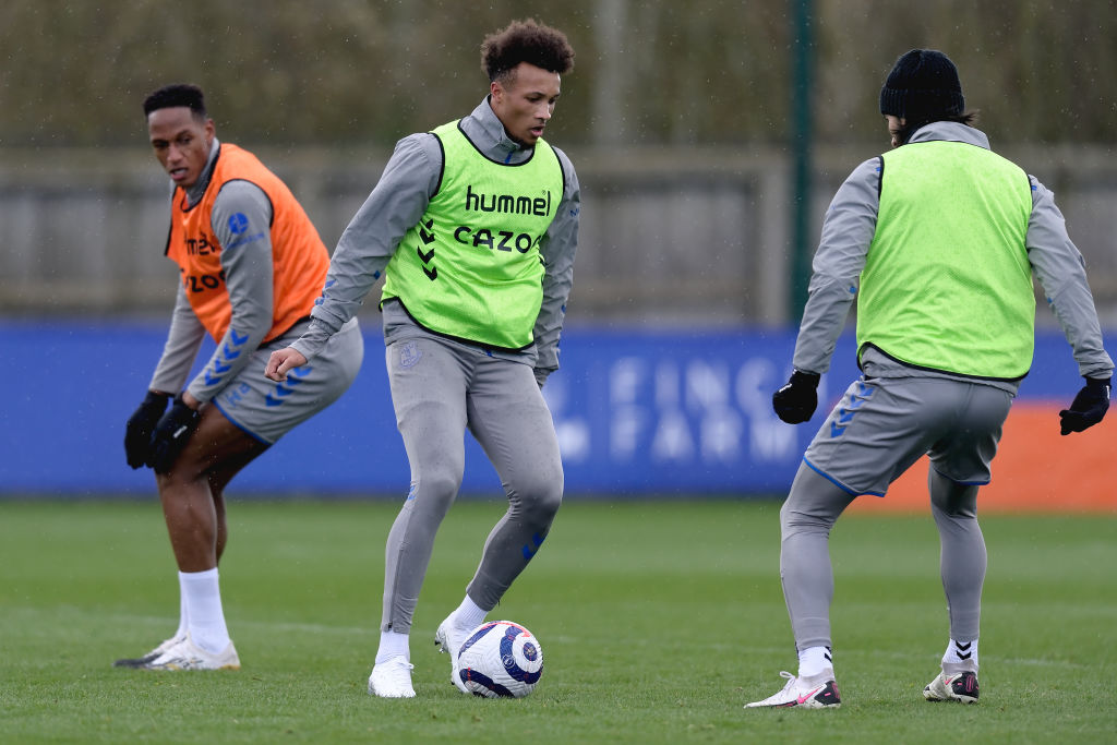 Jean-Philippe Gbamin Continues Rehabilitation With Everton