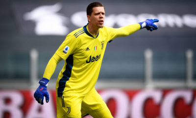 Wojciech Szczesny of Juventus FC gestures during the Serie A