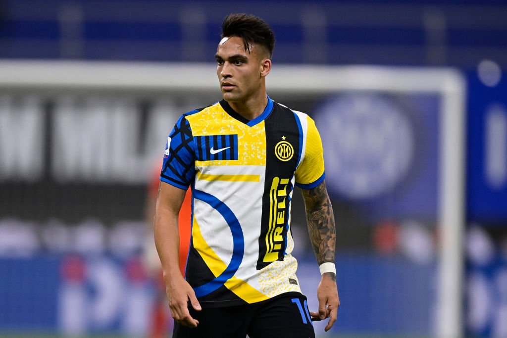 Lautaro Martinez could replace Sergio Aguero at Manchester City.