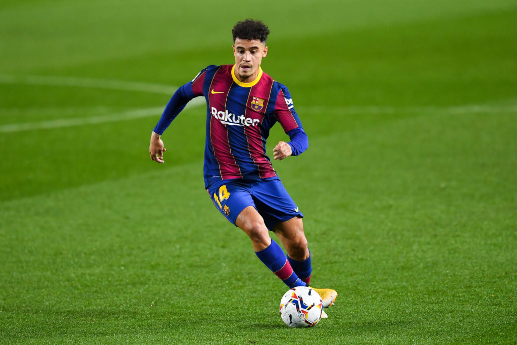 liverpool-leicester-city-transfer-gossip-target-philippe-coutinho-barcelona-dribbles-with-ball-levante-la-liga