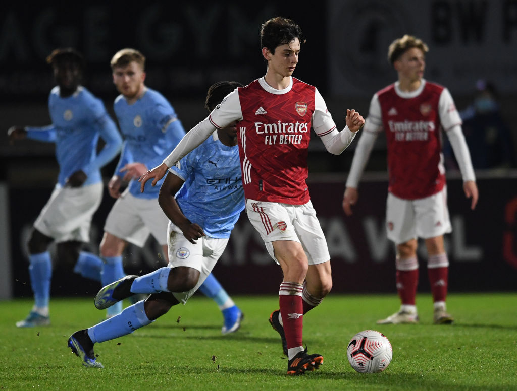 Arsenal midfielder Charlie Patino in action
