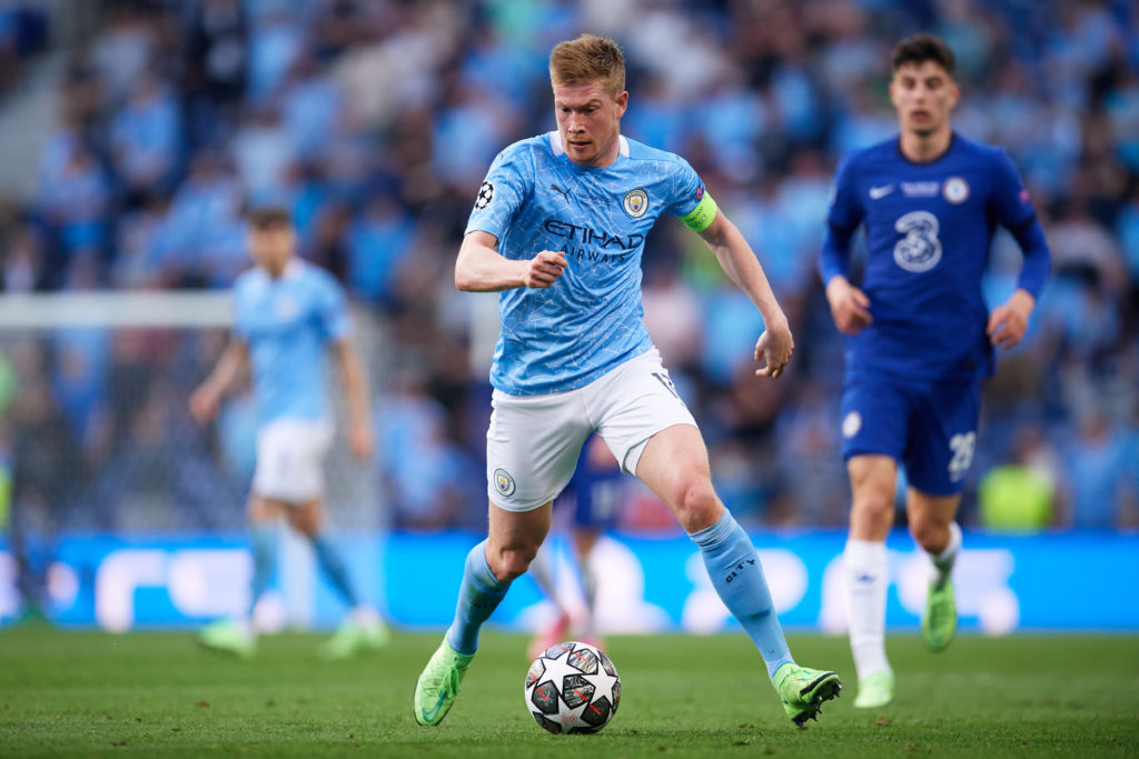 manchester-city-kevin-de-bruyne-man-city-champions-league-final-runs-with-ball-chelsea