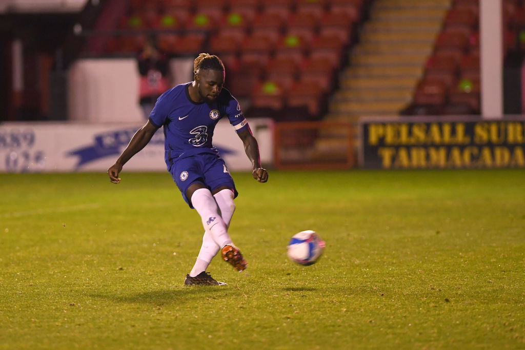 Chelsea youngster Dynel Simeu will join Southampton