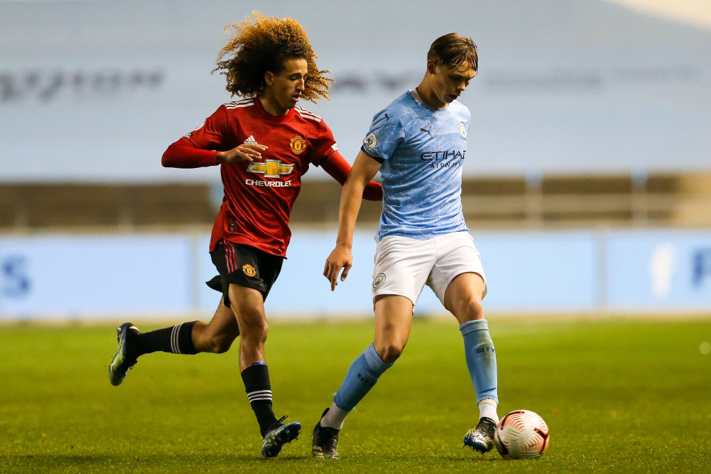 Sunderland have signed Callum Doyle on loan from Manchester City