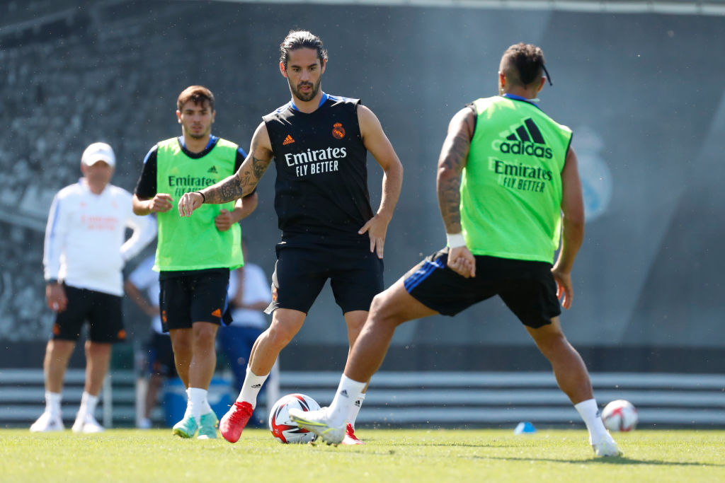 Arsenal and Spurs want Isco