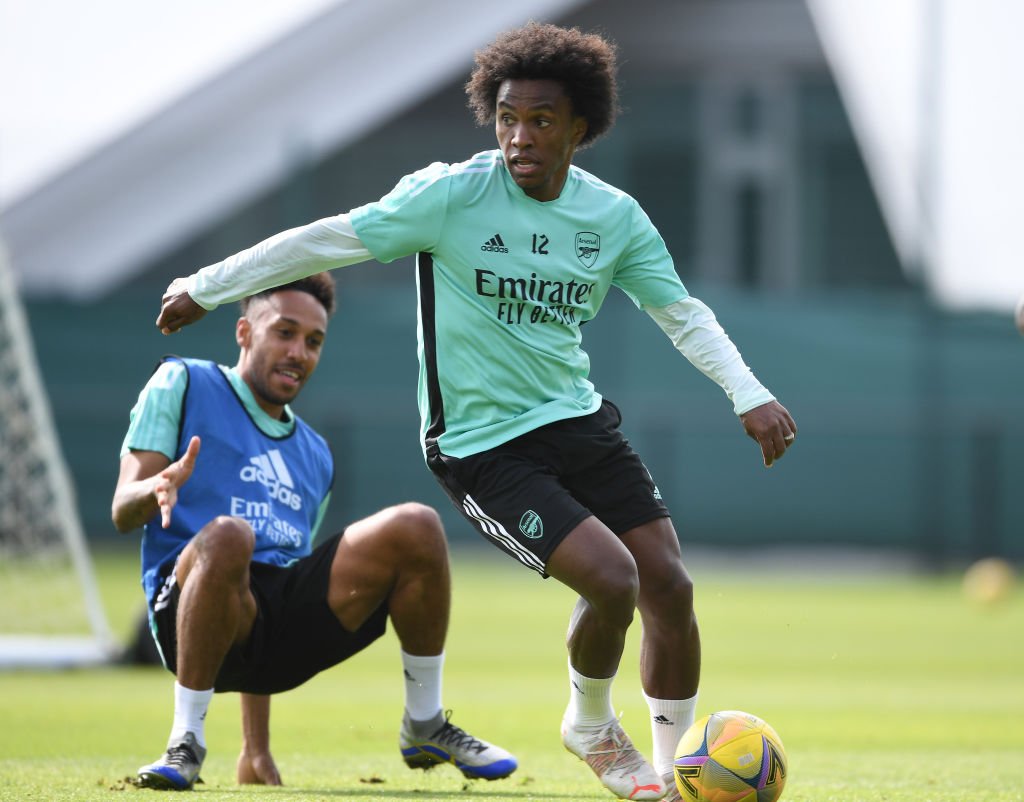 Willian is reportedly looking set to leave Arsenal for AC Milan
