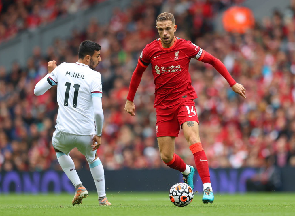 Liverpool captain Jordan Henderson has signed a new contract